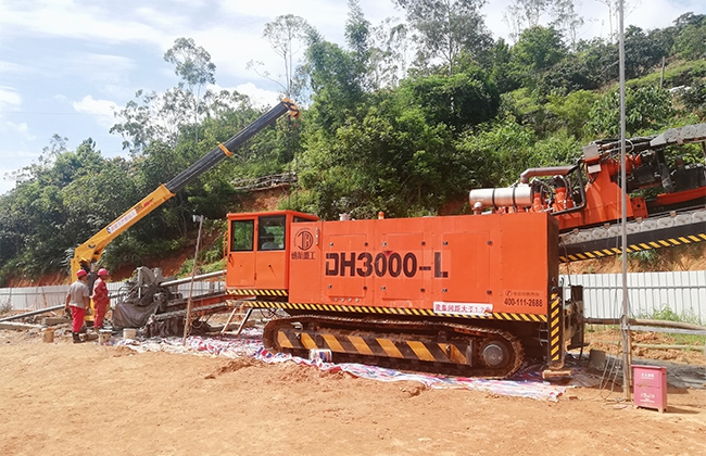DH3000-L型水平定向钻机江西施工现场